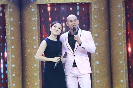 Ca si giau mat: Phan Dinh Tung va ba xa song ca tang sinh nhat con gai - Anh 2