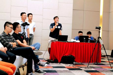 Hinh anh buoi offline iPhone 7 tai Ha Noi va Da Nang - Anh 19