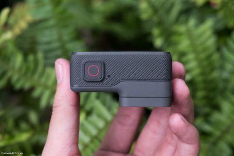 Tren tay GoPro HERO5 Black: Quay 4k 30fps, gon nhe, de dung, co GPS, gia re, do hoan thien chua tot - Anh 8