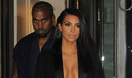 Kim Kardashian bi chia sung vao dau giua dem khuya tai Paris - Anh 1