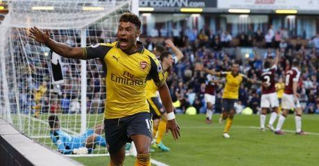 Highlight: Burnley 0-1 Arsenal (Vong 7 NHA) - Anh 1