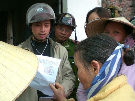 Bai 1: Doi nha cho o nho - Hai lan phuc tham van khong xong - Anh 3