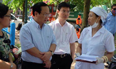 Chu tich Ha Noi: Ho Tay khong con ca chet tu toi qua - Anh 2
