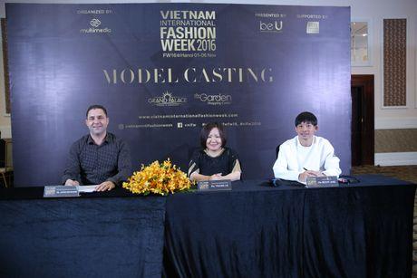 Quan quan 'Vietnam's Nextop Model 2016': Ngoc Chau va viec lam bi mat truoc luc dang quang - Anh 2