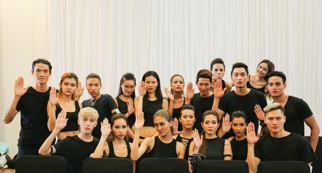 Quan quan 'Vietnam's Nextop Model 2016': Ngoc Chau va viec lam bi mat truoc luc dang quang - Anh 4