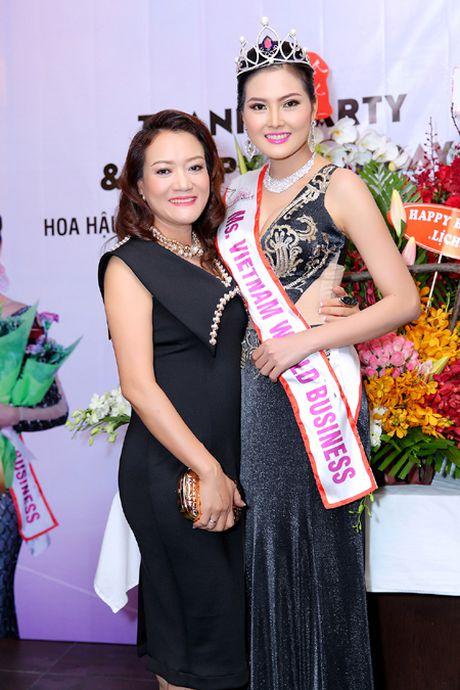 Hoa hau Kim Thoa rang ngoi trong tiec mung sinh nhat - Anh 6