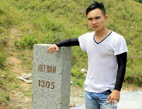 Vuot 'song lung khung long' trek moc 1305 nhu dan phuot chuyen nghiep - Anh 8