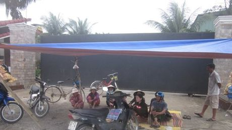 Vu di doi nha may thep Viet Phap (Quang Nam): 'Lam khong duoc thi dong cua' - Anh 2