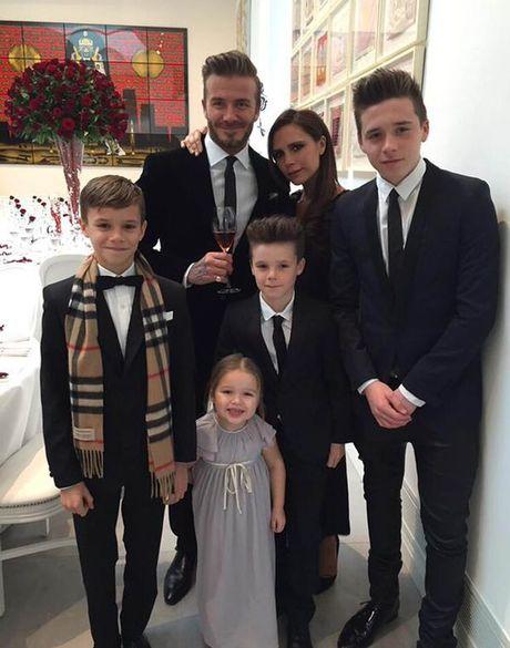 Victoria Beckham len tieng truoc tin don co them con - Anh 2