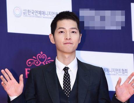 Song Joong Ki boi thu tai giai thuong phim truyen hinh - Anh 1