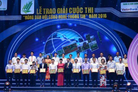 Nong dan tinh Hoa Binh gianh giai Nhat cuoc thi 'Nong dan voi CNTT' 2016 - Anh 2