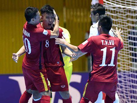 Doi tuyen Futsal VN doat danh hieu Fair Play cua FIFA - Anh 1