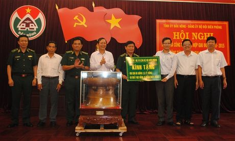 Dak Nong: Lanh dao cong tac bao ve chu quyen an ninh bien gioi - Anh 2