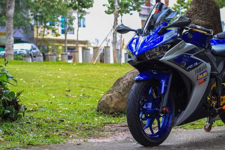 Yamaha YZF-R3 len nhieu do choi cua biker Viet - Anh 8