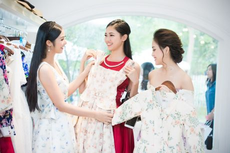 Hoa hau Ngoc Han hoi ngo dan nguoi dep HHVN 2016 - Anh 2