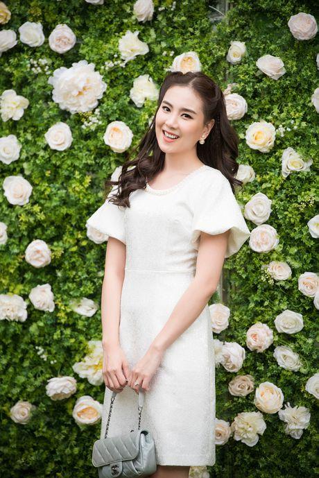 Hoa hau Ngoc Han hoi ngo dan nguoi dep HHVN 2016 - Anh 5