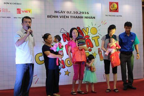 'Ngay chu nhat cho em' tham benh nhi o benh vien Thanh Nhan - Anh 4