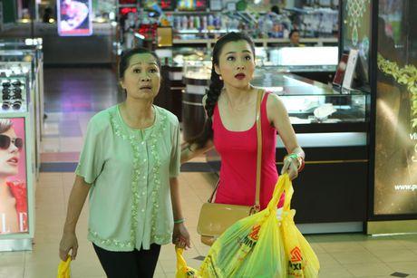 Vo chong 'Hai Lua' Thanh Nam - Xuan Huong tai ngo trong phim - Anh 2