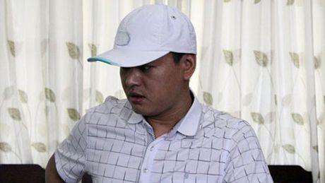 Bat 'doanh nhan' TQ lua 18 ty tron sang Viet Nam - Anh 2