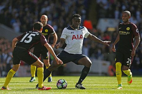 Goc chien thuat: Man City vo vun truoc toc do va suc manh cua Tottenham - Anh 3