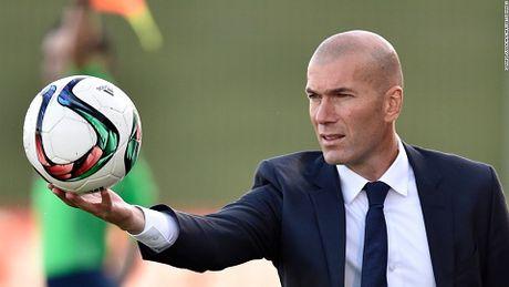Zidane khang dinh Real Madrid khong khung hoang - Anh 2