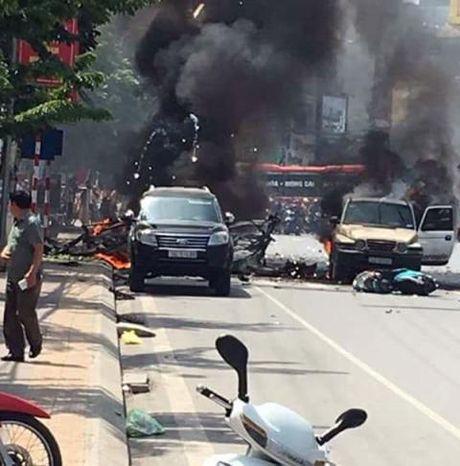 No taxi kinh hoang o Quang Ninh: Tu sat bang min - Anh 3