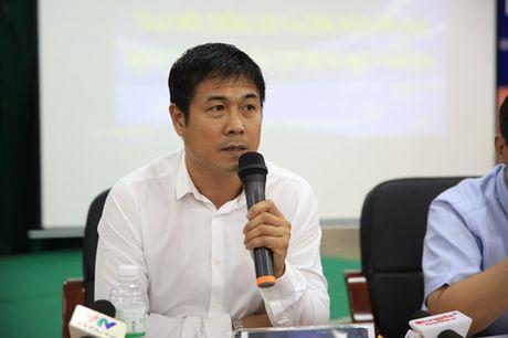 DIEM TIN SANG (4.10): HLV Huu Thang khong ban tam nhan xet tu Calisto - Anh 1