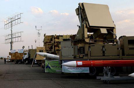 Co thuc ten lua Bavar-373 Iran vuot troi S-300 Nga? - Anh 2