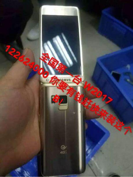 Smartphone nap gap cao cap cua Samsung sap ra mat - Anh 2