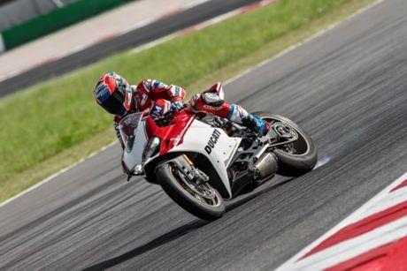 Ducati 1299 Panigale S Anniversario phien ban gioi han ky niem 90 nam - chi co 500 chiec - Anh 2