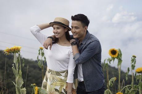 Ket thuc Zippo, Mu tat va Em: Khan gia muon Lam (La Thanh Huyen) ve ben Huy (Hong Dang) - Anh 1