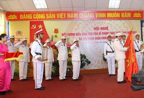 Thieu tuong Le Quoc Tran: 'Phong chay, chua chay phai bat dau tu trong nhan thuc' - Anh 3
