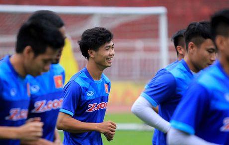 Cong Phuong khoe kieu toc hot boy - Anh 1