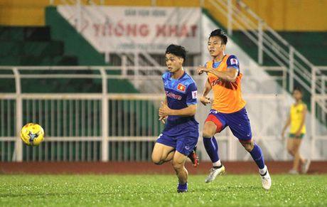 Cong Phuong khoe kieu toc hot boy - Anh 5