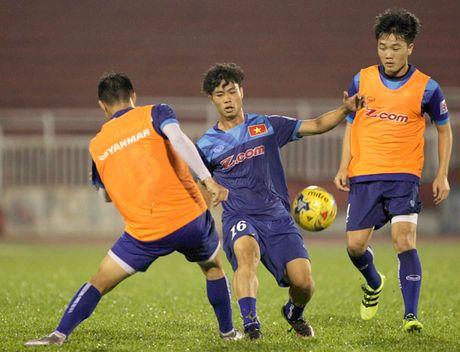 Cong Phuong khoe kieu toc hot boy - Anh 7