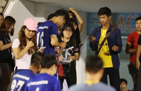 Cong Phuong khoe kieu toc hot boy - Anh 9