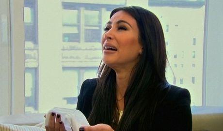 Kim Kardashian khai het cho giau nu trang de tranh bi giet - Anh 2