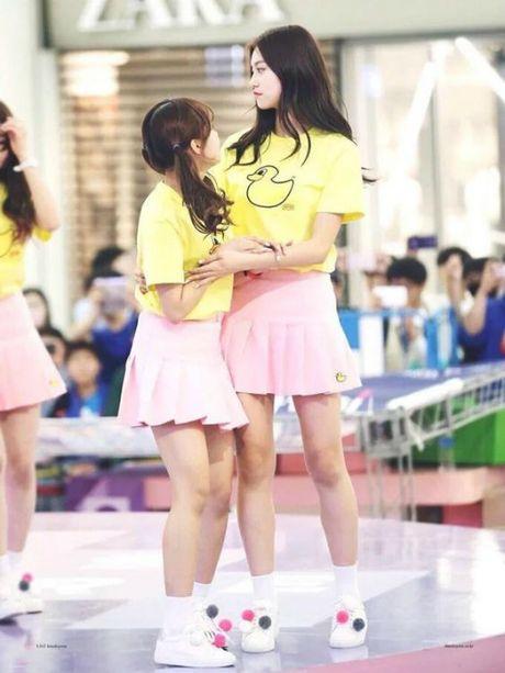 2 tan binh Kpop mong uoc minh khong cao them - Anh 5