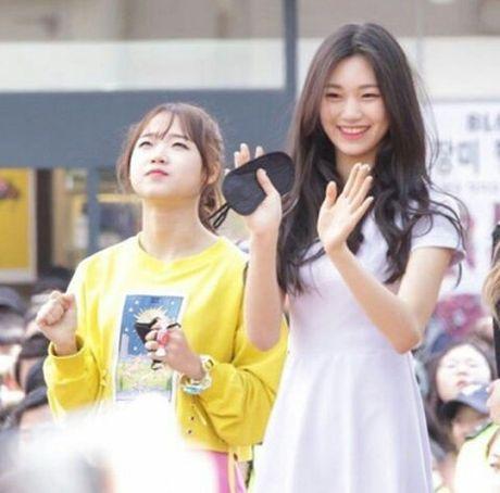 2 tan binh Kpop mong uoc minh khong cao them - Anh 6