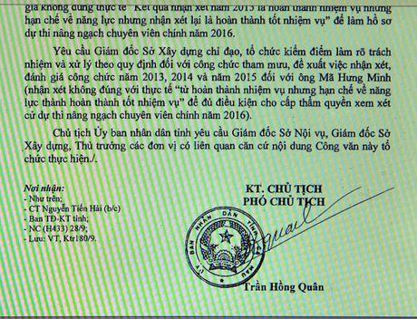 Giam doc So de thi 'lau' nang ngach cong chuc, chi bi...phe binh - Anh 2