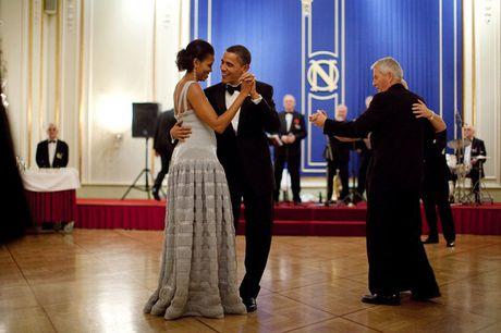Obama ky niem 24 nam ngay cuoi bang nhung buc anh ngot ngao - Anh 1