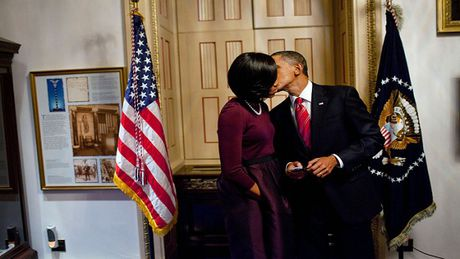 Obama ky niem 24 nam ngay cuoi bang nhung buc anh ngot ngao - Anh 2