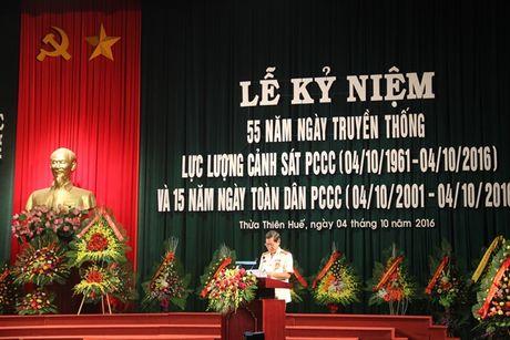 Canh sat PCCC Thua Thien - Hue trong the ky niem 55 nam Ngay truyen thong - Anh 2