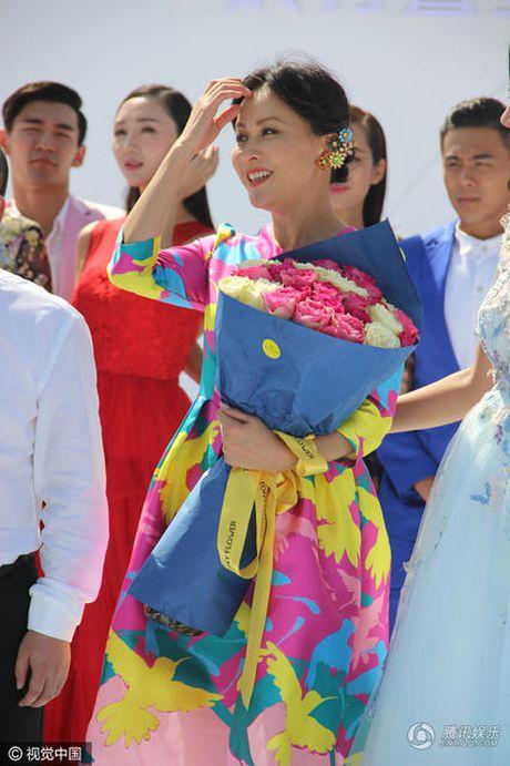 Nguong mo 'nhan sac khong tuoi' cua Luu Gia Linh - Anh 9