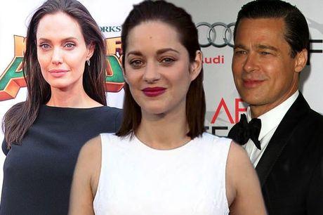 Angelina va nguoi tinh tin don cua Brad Pitt giong nhau den ky la - Anh 1