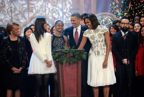 Khoanh khac ngot ngao cua 'ong ba Obama' trong 24 nam 'chung doi' - Anh 10