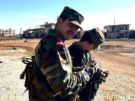 Quan doi Syria siet chat vong vay phien quan o Aleppo - Anh 1