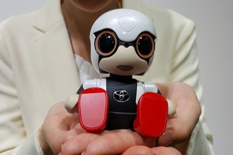 Ra mat robot em be danh cho phu nu khong con - Anh 1