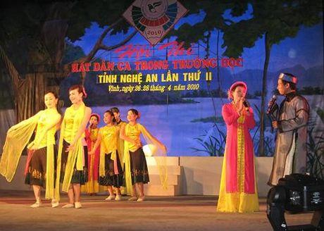 NSND Thu Hien, Hong Luu tham gia 'An tinh Vi, Giam' tai Ha Noi - Anh 1