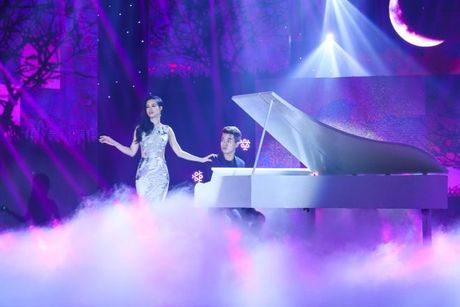 'Ban loan' vi phien ban song ca 'Trach ai bay gio' cua Dong Nhi - Do Hieu - Anh 2